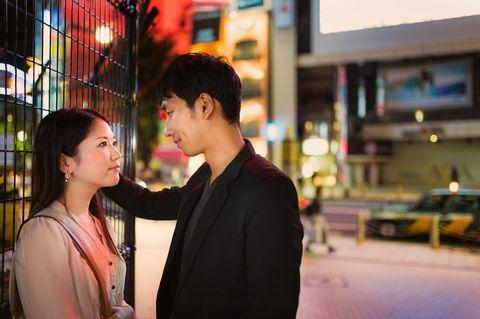shinjyuku alta20140921230347 TP V - 「介護士」はセフレにしやすい女性の職業ランキング第2位